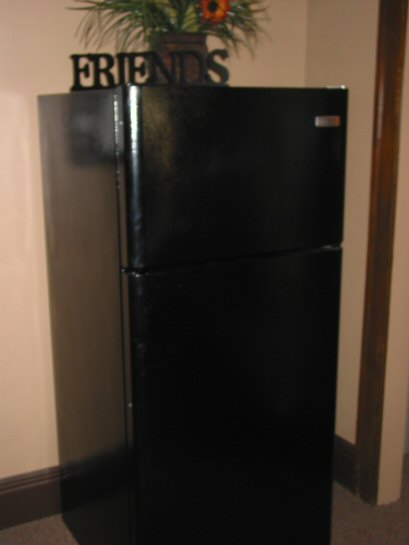 Beauty School Dormitory Refrigerator